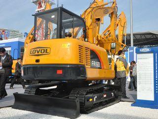 雷沃重工FR60-ETX挖掘机