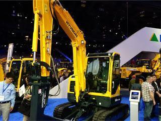 现代R60CR-9A挖掘机