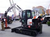 山猫E55挖掘机