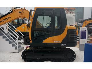 现代R75-V挖掘机