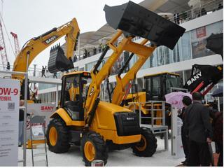 三一重工 BL70C 挖掘装载机