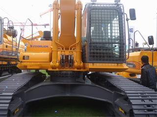 中联重科ZE420挖掘机