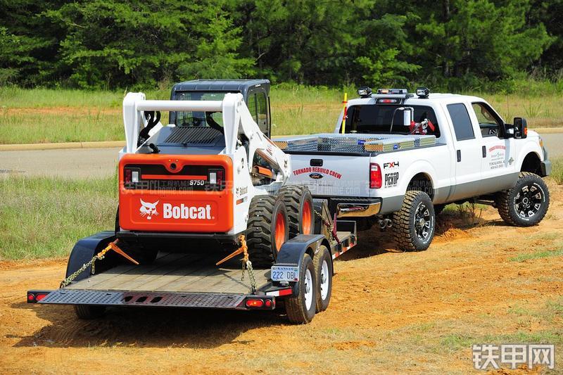 山猫S750滑移装载机其他