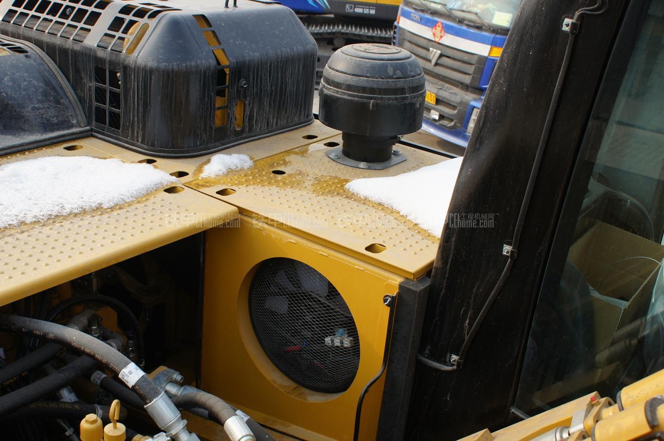 卡特彼勒336D2液压挖掘机局部