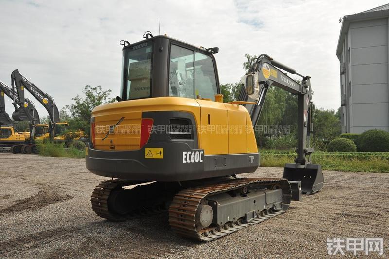 沃尔沃EC60C挖掘机整机外观